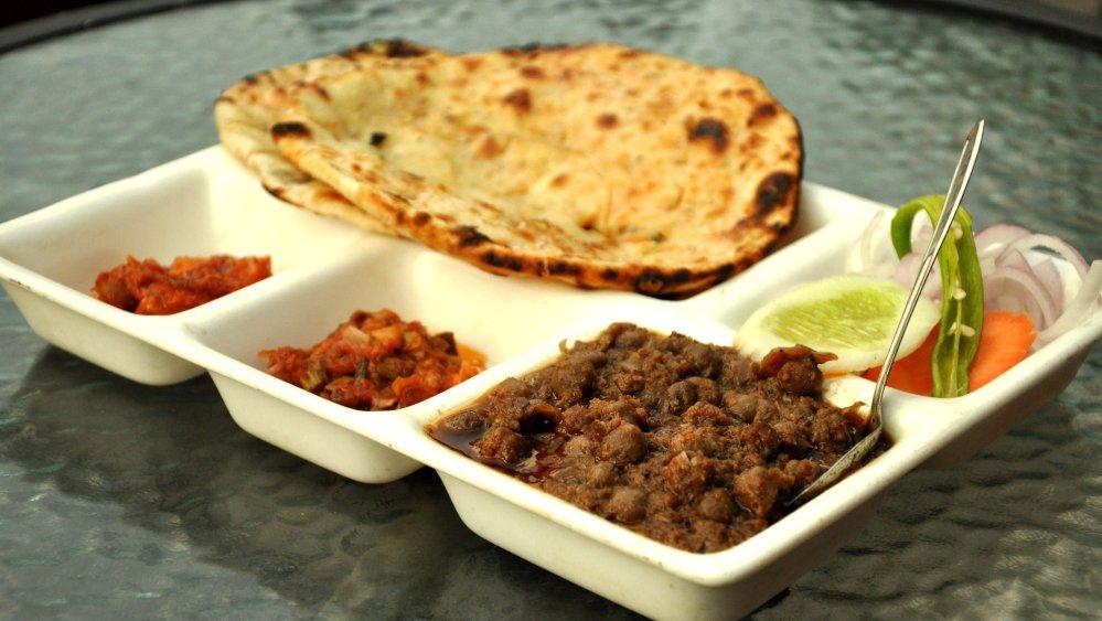 amritsari_kulcha-Pindi_cholle